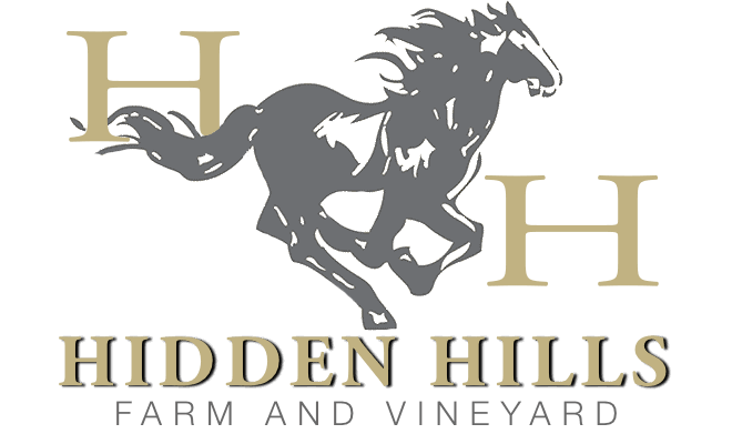 Hidden Hills Farm & Vineyard Retina Logo